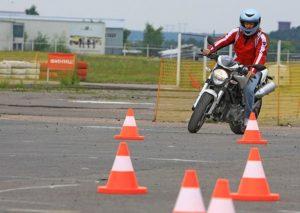 Мотошкола в Черкассах , Курсы вождения мотоцикла в Черкассах